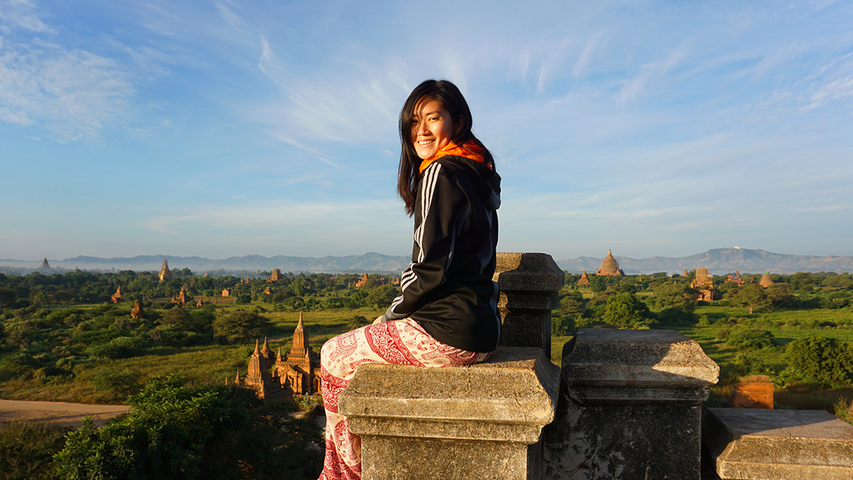 Watching the sunrise over Bagan